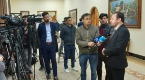 CoST Afghanistan Country Manager speaks to the media at the report launch.